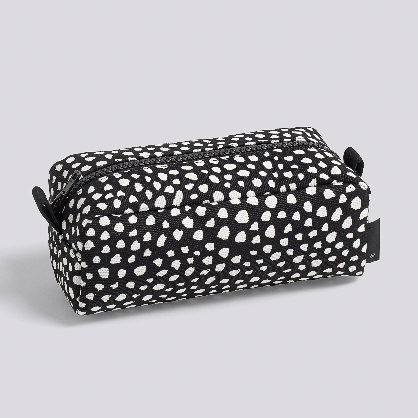 WH-Dot-Wash-Bag-S-black