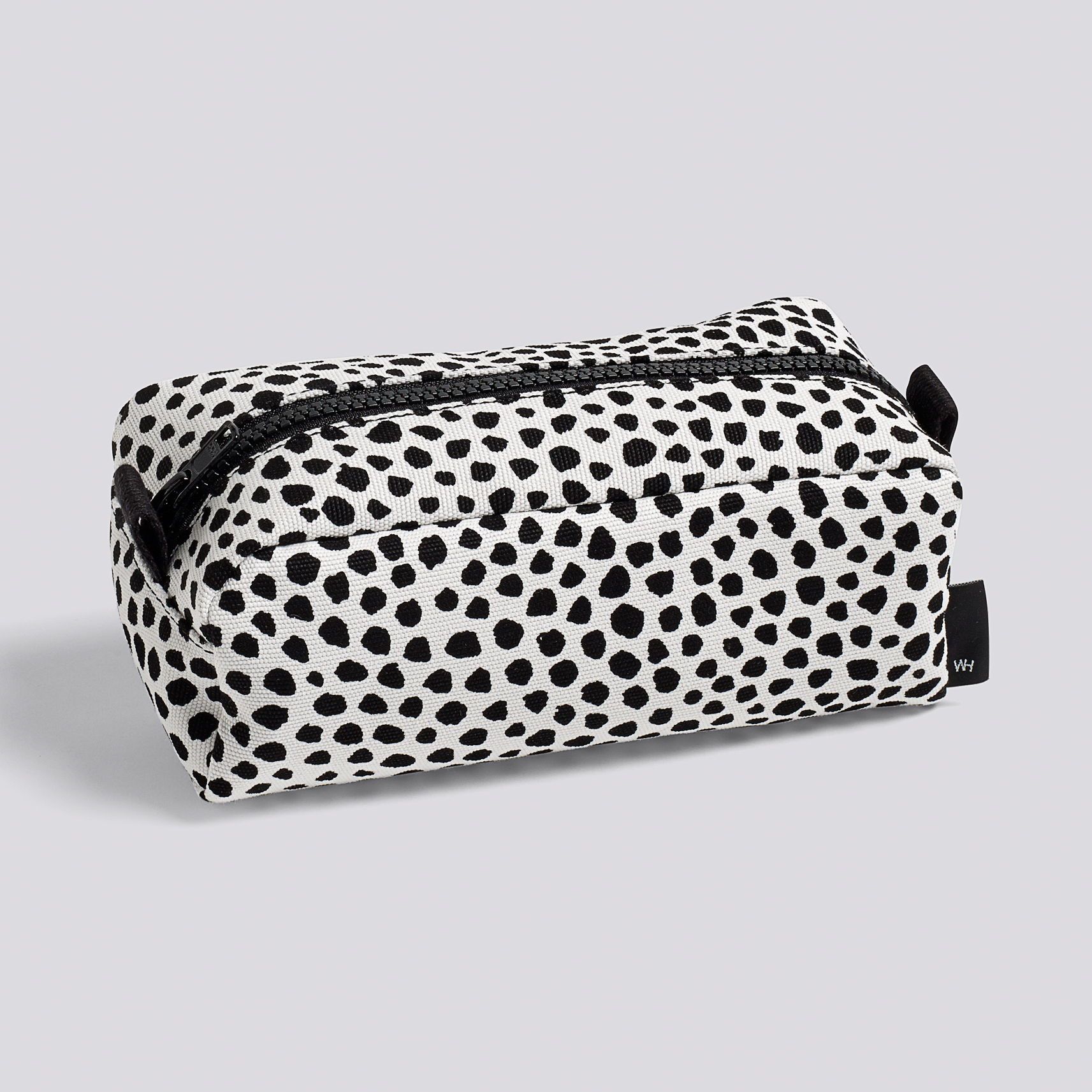 WH-Dot-Wash-Bag-S-white